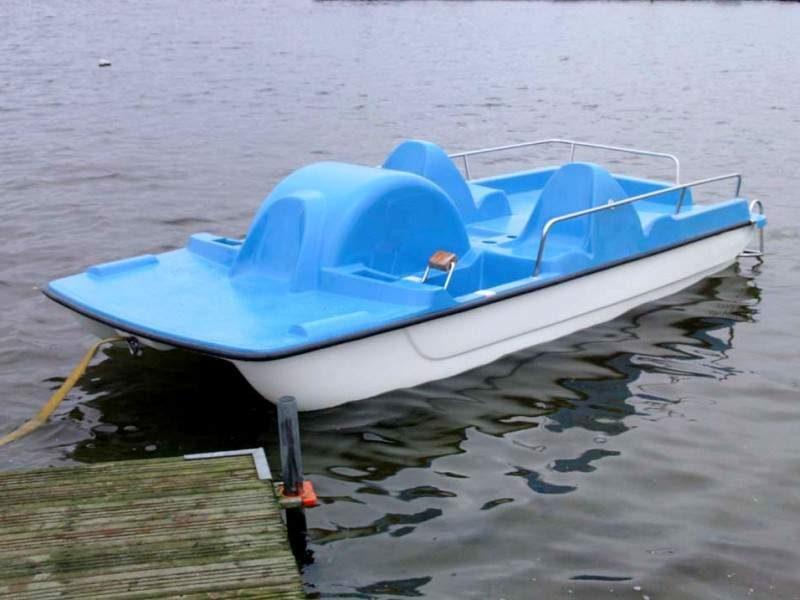 Vandens dviratis 4 - vietis, modelis 400